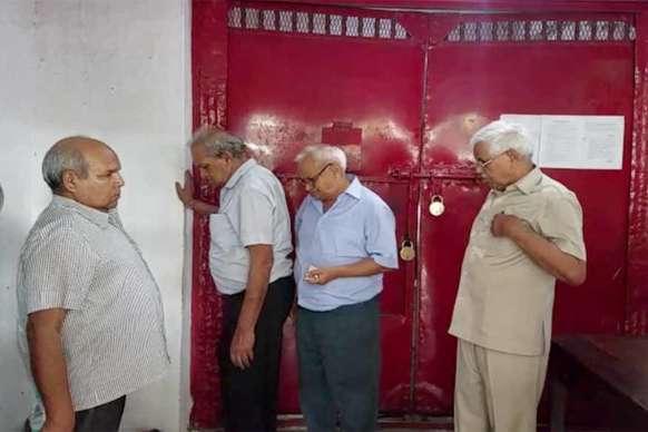 भ्रष्टाचार मामले में पीडब्ल्यूडी के पांच पूर्व अधिकारियों को पांच साल की सजा