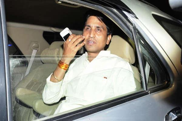 आप MLA का आरोप, 30 करोड़ लेकर BJP में शामिल होने को कह रहे कुमार विश्वास