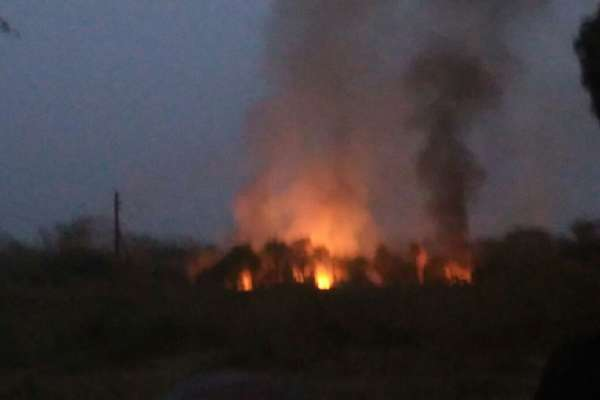 खमरिया ऑर्डनेंस फैक्ट्री में ब्लास्ट के बाद लगी आग, 20 लोग घायल, अब तक 100 से ज्यादा धमाके!