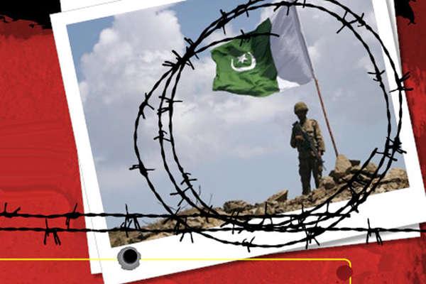 पाकिस्तान की खूनी टुकड़ी BAT से बदला, भारतीय सेना ने दो जवान मार गिराए