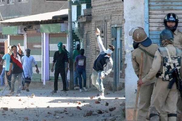कश्मीर में पत्थरबाजी और आतंक के खात्मे का ब्लूप्रिंट तैयार