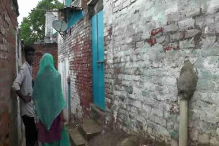 संदिग्ध आतंकी सैफुल्लाह के चचेरे भाई आतिफ सहित 4 को कानपुर से पुलिस ने उठाया