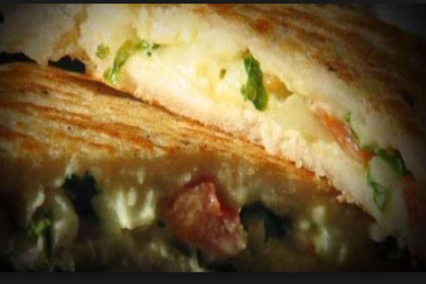 रेसिपी: ऐसे बनाएं दही और तिल का टेस्टी सैंडविच