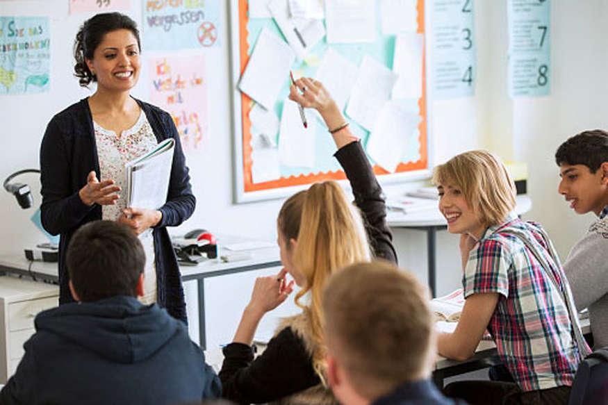 सिर्फ एक इंटरव्यू से यहां हासिल करें टीचर की नौकरी