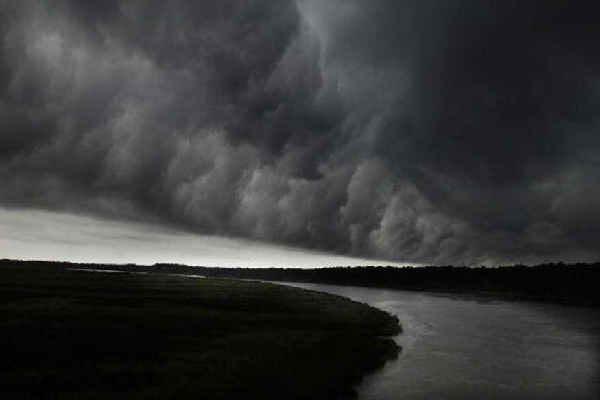 अमेरिका में तूफान ने मचाई तबाही, 11 की मौत 23 घायल, चेतावनी जारी