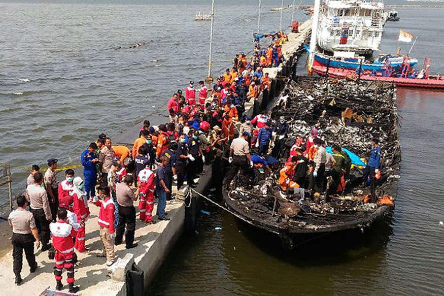 इंडोनेशिया में नांव में आग लगने से 23 लोगों की मौत, 17 लापता