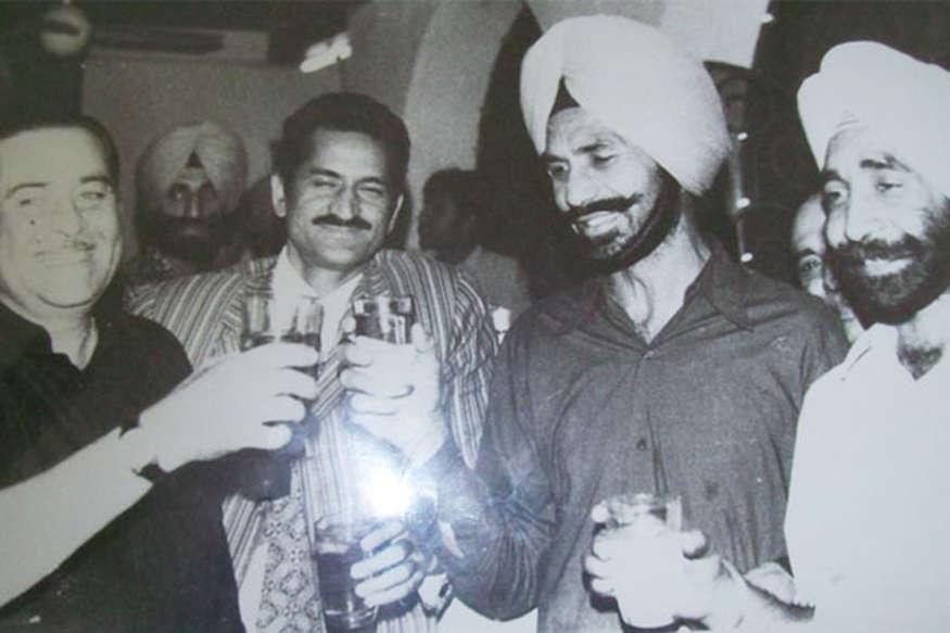 कौन हैं हॉकी प्लेयर बलबीर सिंह, कितने संघर्ष के बाद मिला था 'गोल्ड'?