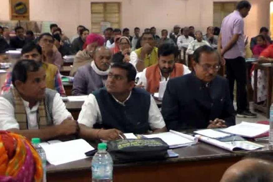 बाड़मेर में जिला परिषद की बैठक हुई आयोजित