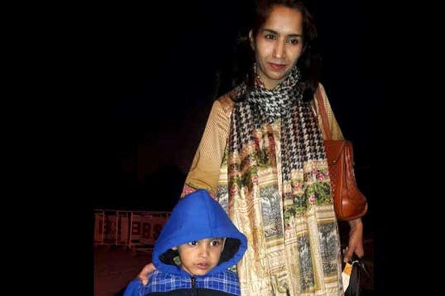 वाघा बॉर्डर पर मिले बिछड़े मां-बेटा, पाकिस्तान ने भारत को कहा- शुक्रिया