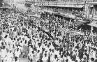 August 21, 1947: A mile long procession of people from all communities makes its way along a street in Bombay during the celebrations to mark the founding of the Indian Republic. (Photo by Central Press/Getty Images)
