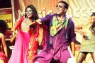 Asin and Akshay Kumar at the 'Khiladi 786' music concert in Mumbai.