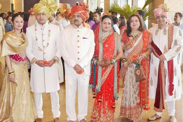 Salman Khan At Riteish Deshmukhs Brothers Wedding