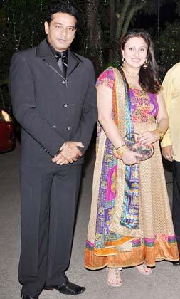 Juhi pande wedding