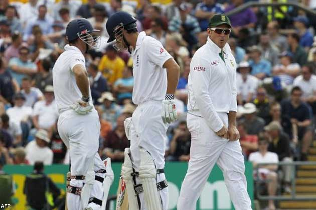 At 0-1 down after two Tests, nothing but a win in the third Test against South Africa can save England's crown.
