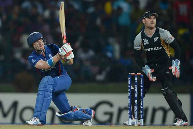 Luke Wright blasted a sparkling half-century, 76 off 43 balls, as England beat New Zealand by six wickets in the Super Eight match of World Twenty20.