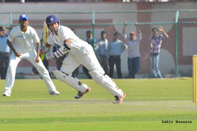 Hyderabad restricted Rajasthan to 274 for 5 at stumps on day one after Vineet Saxena hit a fine half-century.