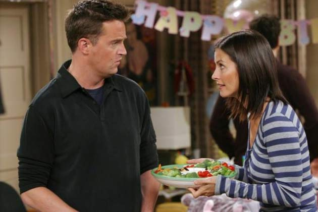 Monica And Chandler Friends Chandler And Monica to Reunite