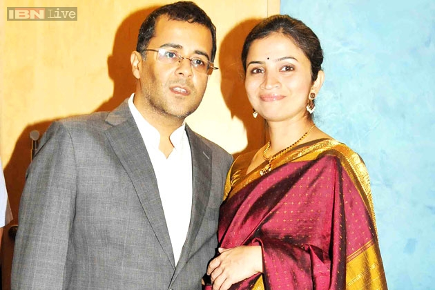 Chetan Bhagat Was A Clown In Campus Id Crack Up At His Jokes Says Wife Anusha