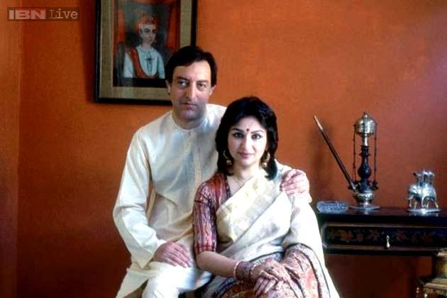 In Pics Sharmila Tagore And Mansoor Ali Khan Patuadis Royal Love Story