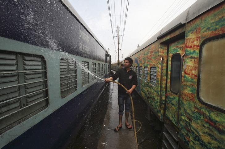 Railways to build toilets on all New Delhi station platforms to boost Modi's Swachh
