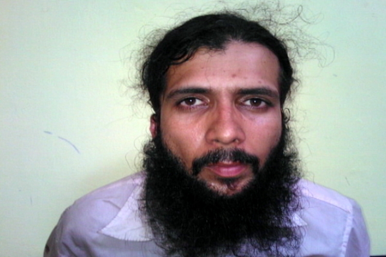 Yasin Bhatkal mocks security, makes phone calls to his wife from jail, says will be out