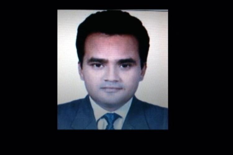 Digvijay Singh raises question over death of Delhi based journalist