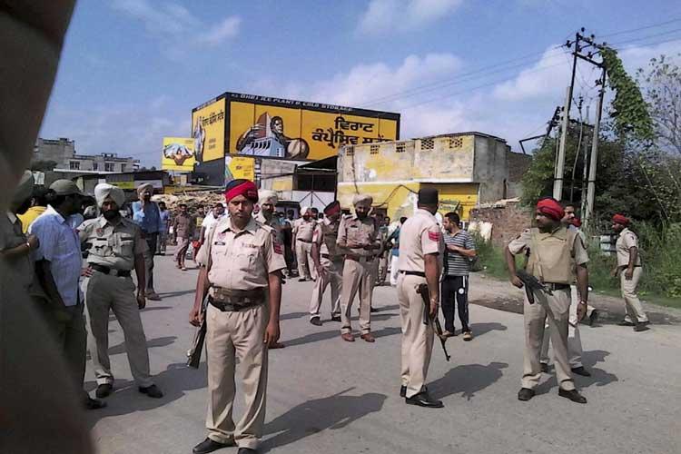 BSF DG to visit Gurdaspur, Indo-Pak border on Wednesday