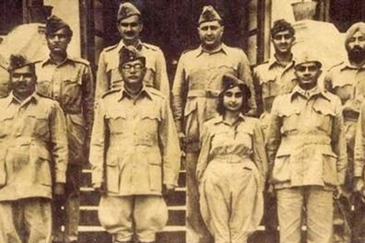 struggle of indian women during revolution essay Howard h peckham's pontiac and the indian uprising now replaces  than embodiments of a class struggle,  and majority rule during the american revolution.