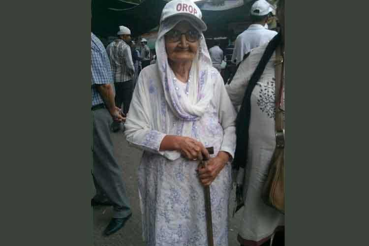 Her husband and son served in the Army, now 95-year-old Charu Sheela fights for OROP with