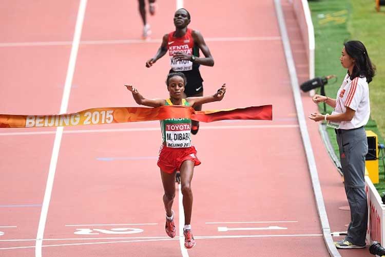 Mare Dibaba wins close women's marathon race at World Athletic Championships