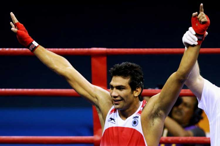 Manoj Kumar eases into quarters at Asian Boxing Championships