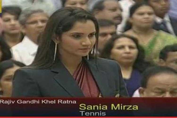 Sania Mirza conferred with Khel Ratna, 17 sportspersons get Arjuna award