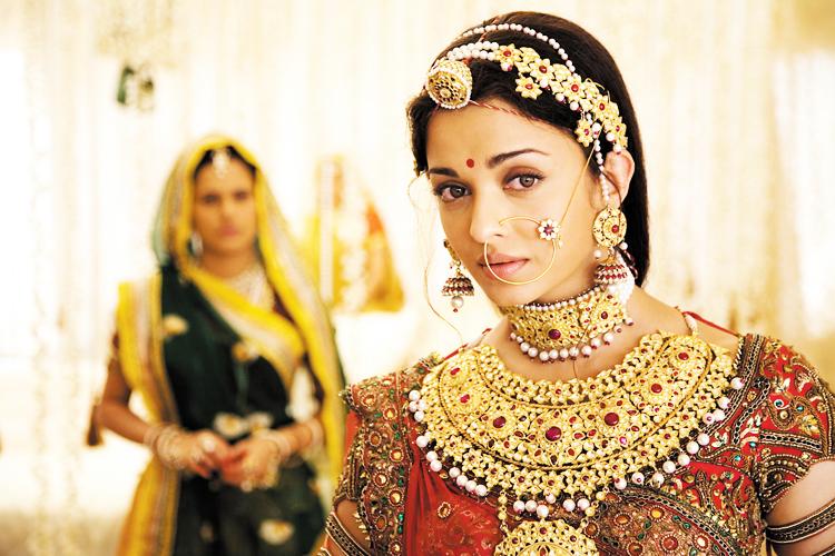 Новые индийские фильмы и сериалы 2017 года онлайн на