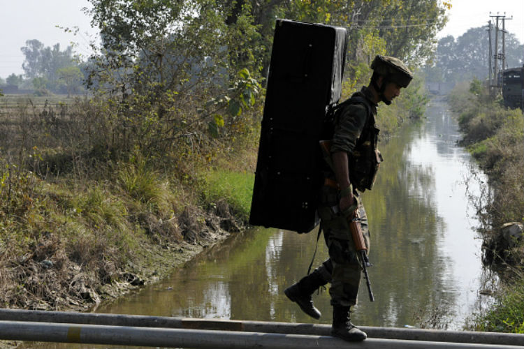 ISI brings LeT, Hizbul, Jaish together for attacks in J&K