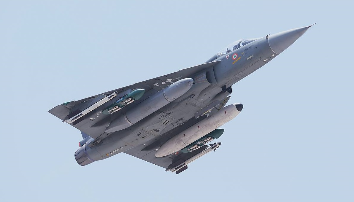 india tejas India's light combat aircraft (lca) tejas demonstrated a hot refueling capability meeting a major requirement of the indian air force inching close to final.