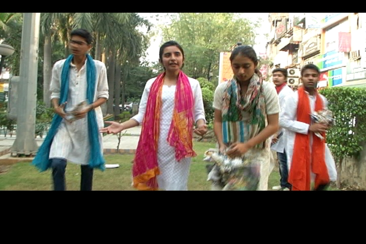 Students turn citizen journalist to spread the message of Swachh Delhi