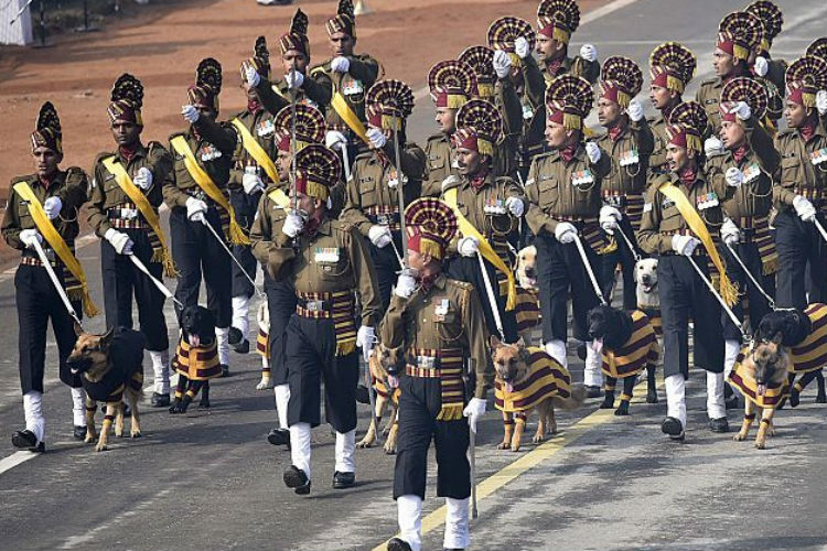 Army-Dog-squad