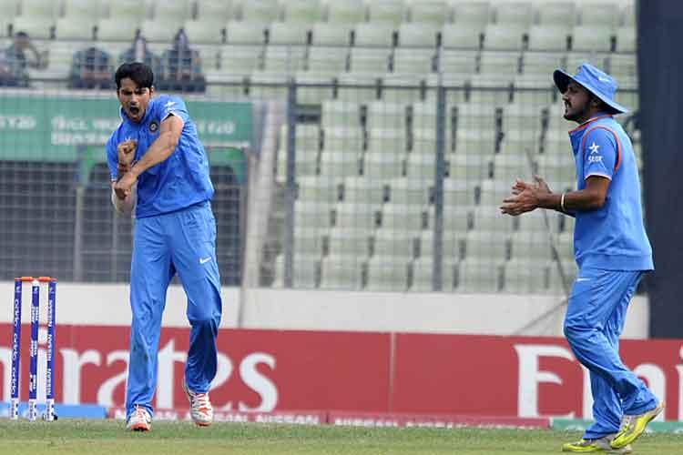 U-19 World Cup Final Live: Mayank Dagar keeps India alive but WI still favourites