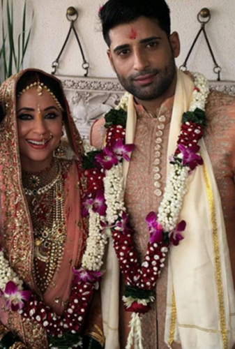 Inside photos: Urmila Matondkar ties knot with Mir Mohsin ... Urmila Matondkar Family Photo