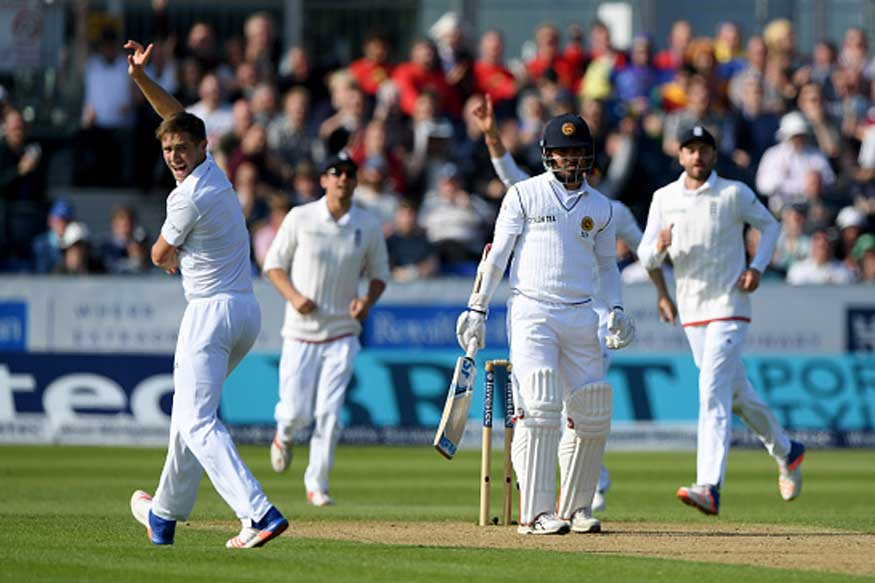 Woakes, Broad Wreack Havoc as Sri Lanka Stare at a Follow-on