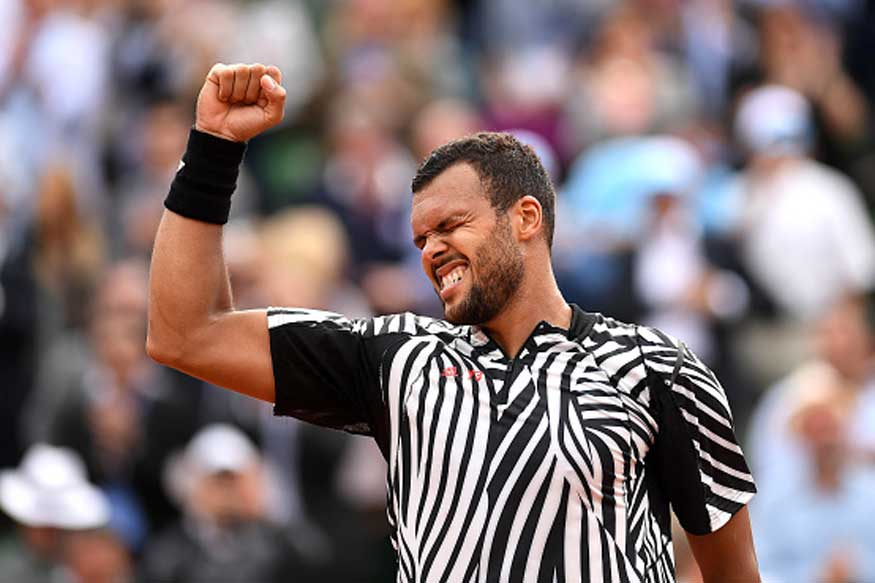 Tsonga Rallies to Beat Baghdatis at French Open
