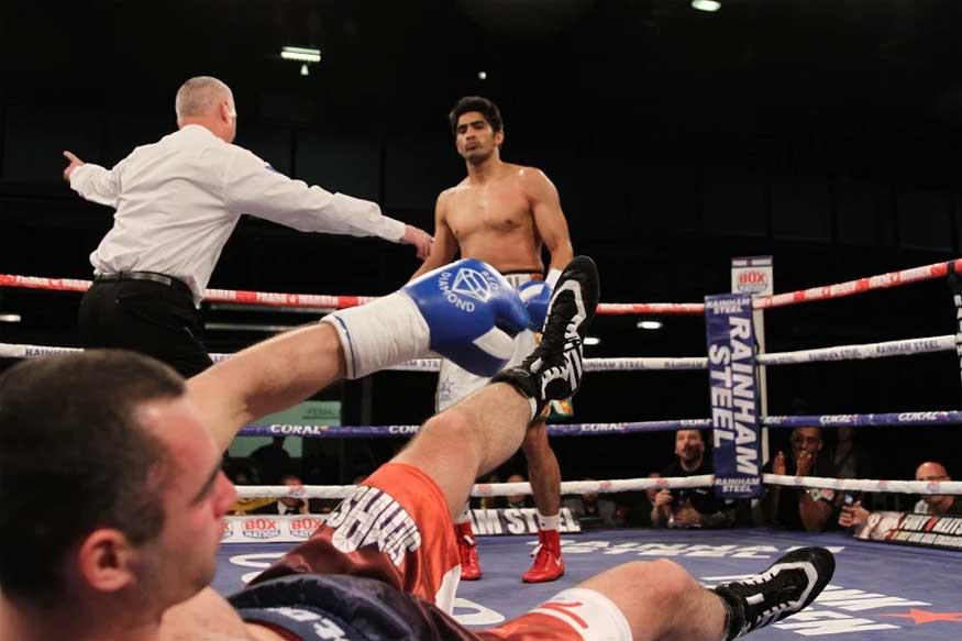Vijender Thrashes Soldra Via TKO to Win His 6th Successive Bout - News18