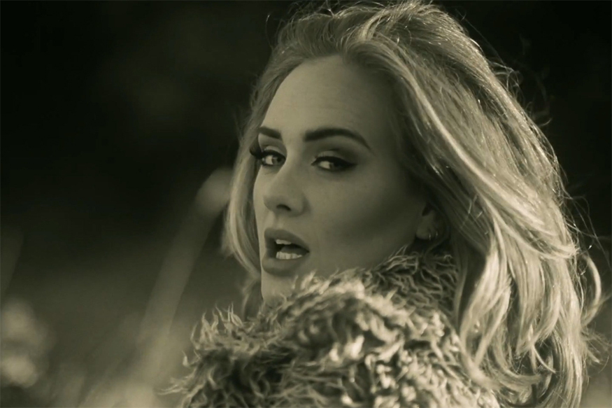Watch: Adele's Hilarious Reaction Post Her On-stage Goof Up