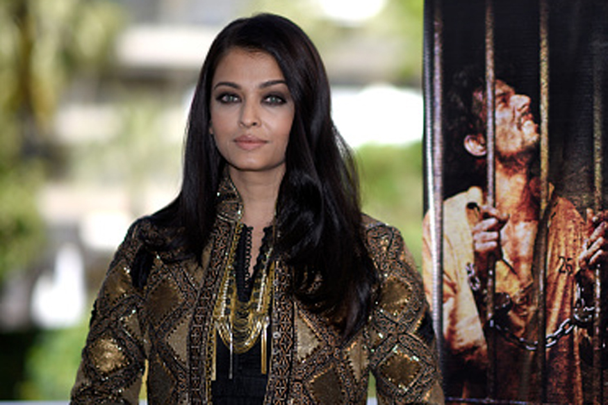 Aishwarya Rai Flaunts Rohit Bal Ensemble at Cannes Film Festival - News18