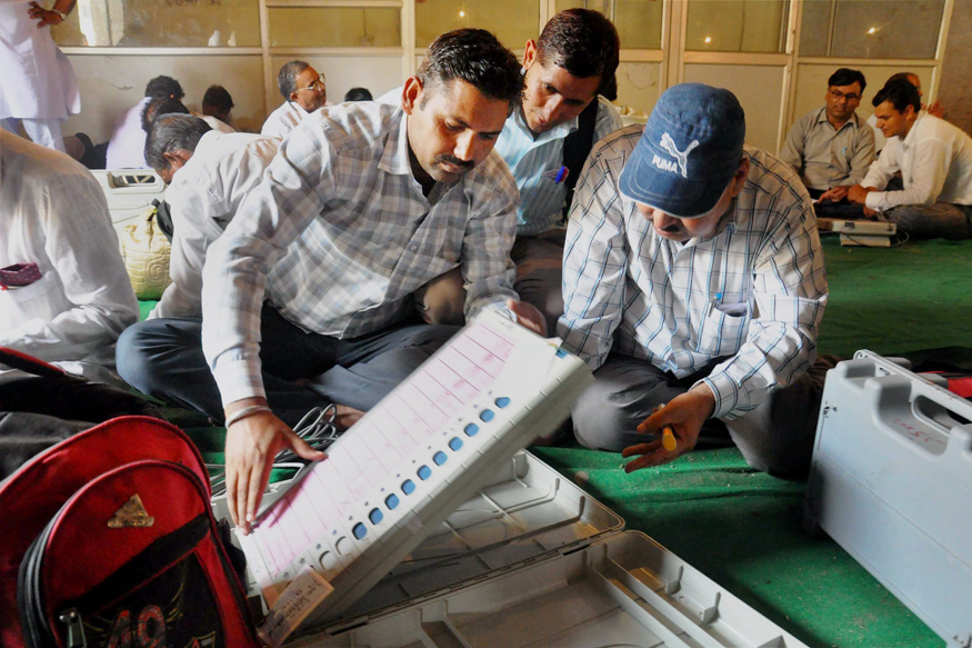 UP Civic Polls: EVMs That Record Vote Only for BJP Lead to Protest in Kanpur
