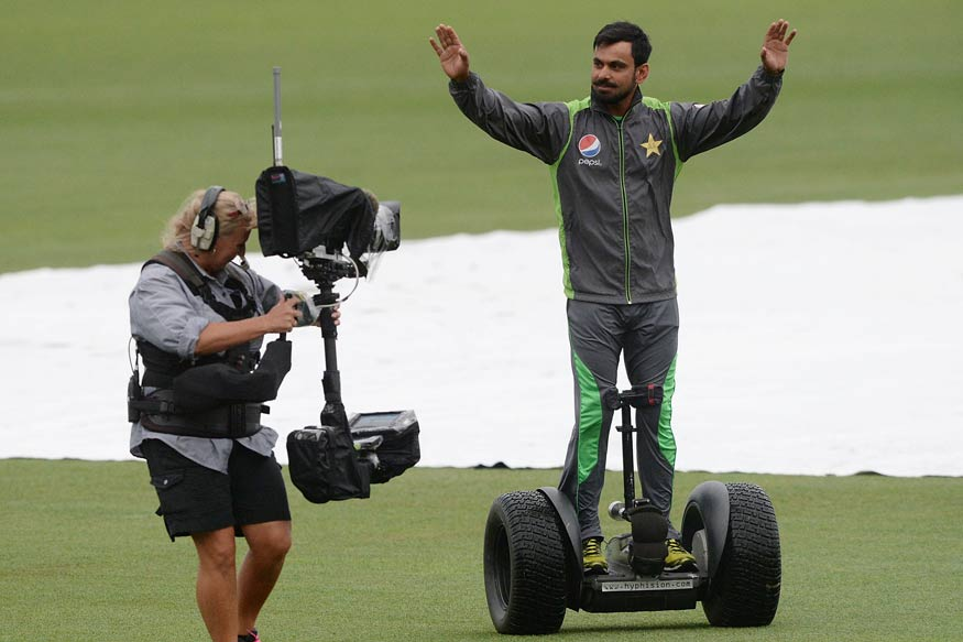 Injured Mohammad Hafeez Likely to Miss England Tour