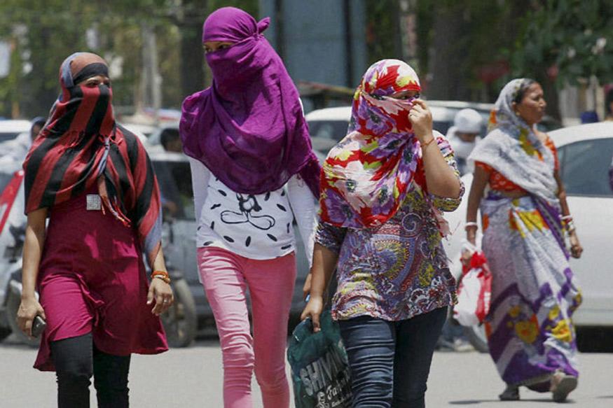 Delhi Breaks 70-year Record as Maximum Temperature Nears 40 Degrees in March