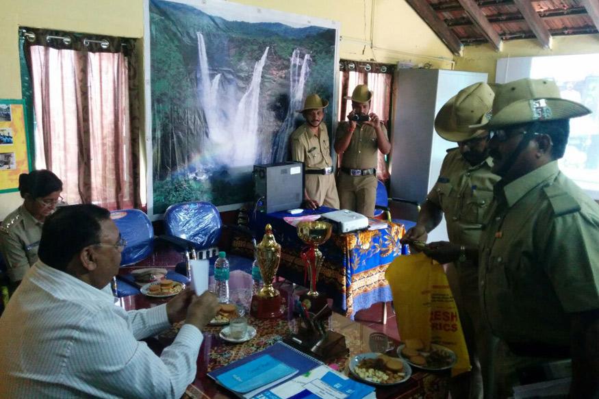 Karnataka Cops Threaten Strike, Govt Warns of Jail Term & Dismissal