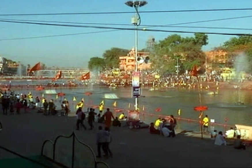 Atleast 6 Killed After Pandal Collapses at Simahasth Kumbh, Ujjain