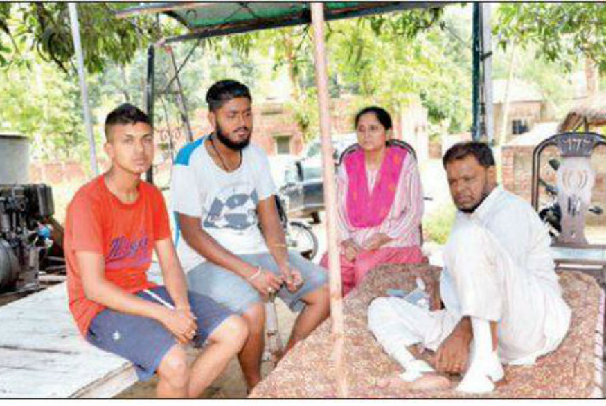 News Digest: Ex-BSP MLA Lives by the Roadside, Literally